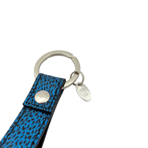 DETAIL KEYCHAIN COLOUR BLUE LEOPARD BLACK